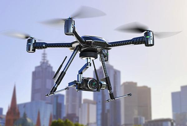 Blackmagic, insansız hava araçlarını odak noktasına koyduğu yeni sinema kamerasını görücüye çıkarttı