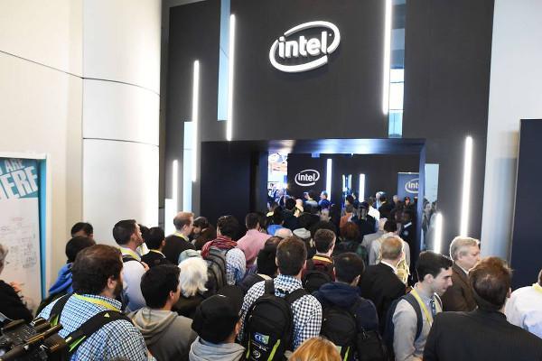 Intel durgun PC pazarından olumsuz etkileniyor