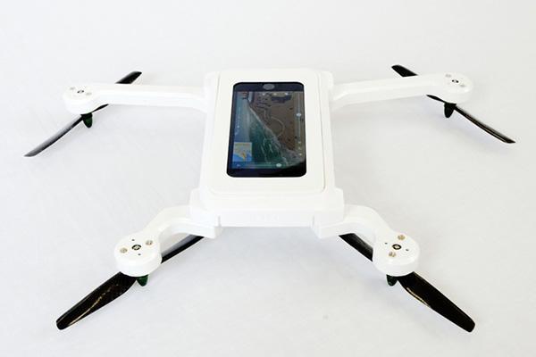Akıllı telefonları kişisel insansız hava aracı haline getiren proje: PhoneDrone