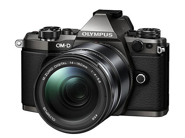 Olympus'tan OM-D E-M5 II'ye 'Titanyum' dokunuş