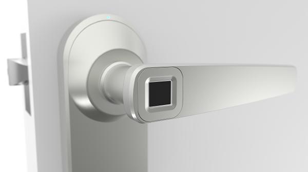 Bünyesinde parmak izi okuyucu yer alan Bluetooth kapı kolu: Ola