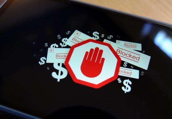 Reklam engelleyiciler Google'a pahalıya patlıyor