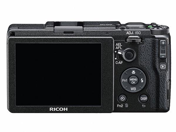 Ricoh, üst seviye kompakt fotoğraf makinesi GR 2'yi duyurdu