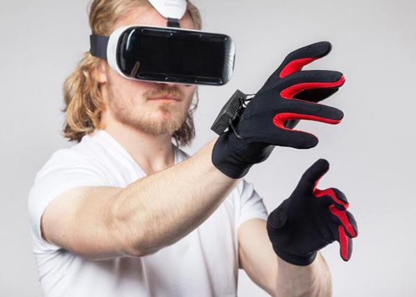 Manus Machina, sanal gerçeklik başlıkları için eldiven geliştiriyor