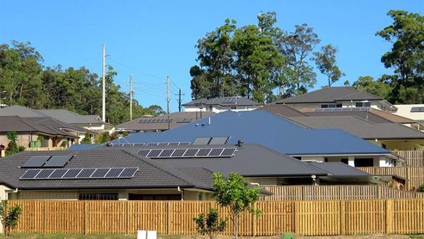 Evlerde Solar Enerji Kullanımı Yaygınlaşıyor