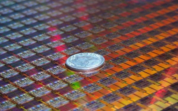 Intel'in 4 çekirdekli 45nm işlemcileri ertelendi