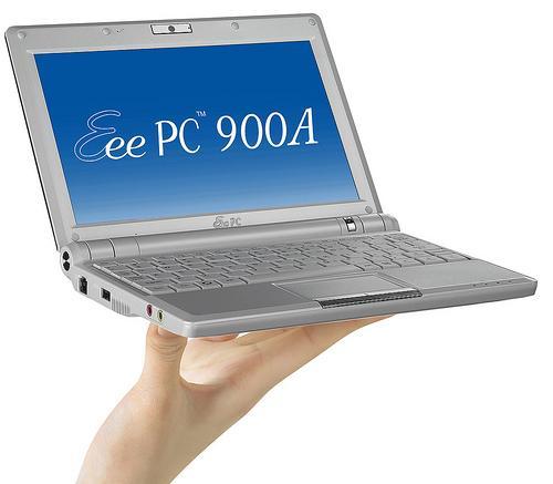Asus'un Atom işlemcili Eee PC 900A modeli detaylarıyla birlikte belirdi