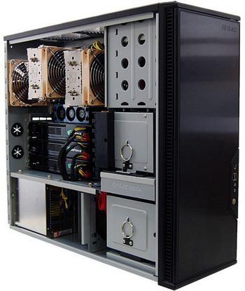 Skulltrail tabanlı ve 3x GeForce 9800GX2'li özel oyuncu sistemi