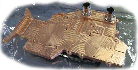 Danger Den çift grafik işlemcili 4870 X2 için su soğutma bloğu hazırladı