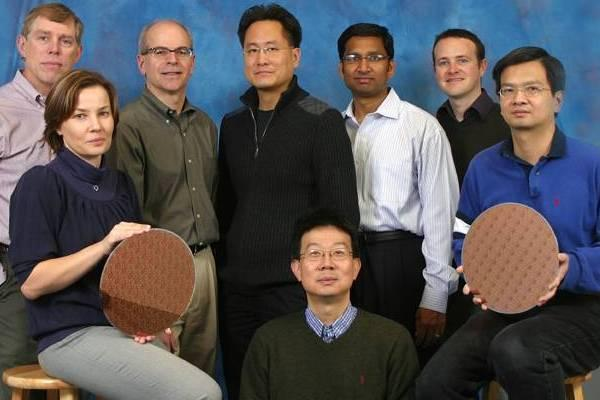IBM 32nm üretim teknolojisine hazırlanıyor