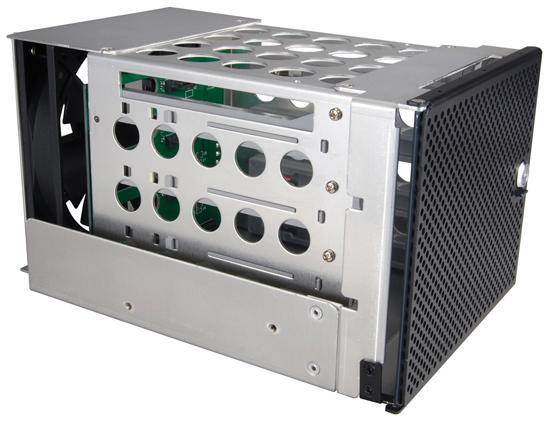 Lian Li'den sabit disk dolabı ve PCI soğutucusu