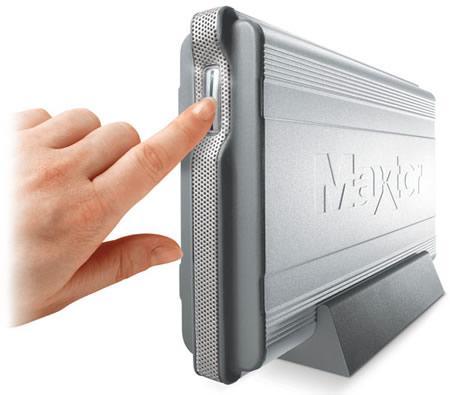 Maxtor' un kapasitesi ve hızı büyük yeni yedekleme üniteleri  -  OneTouch II