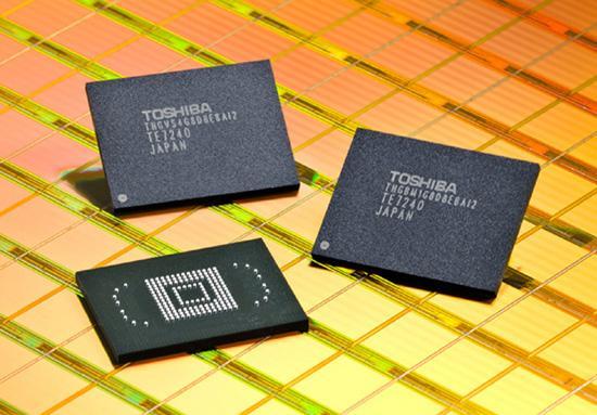 Toshiba taşınabilir cihazlar için 32GB'lık NAND flash yongası hazırlıyor