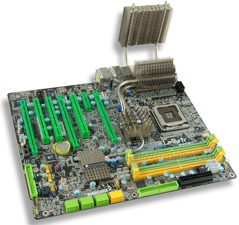 DFI'dan DDR2 destekli ve X48 yonga setli Lanparty LT X48-T2R