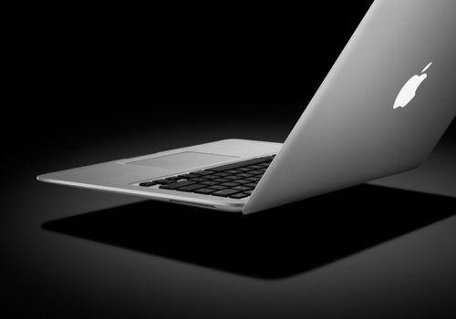 Apple'dan MacBook Air; Dünyanın en ince dizüstü bilgisayarı