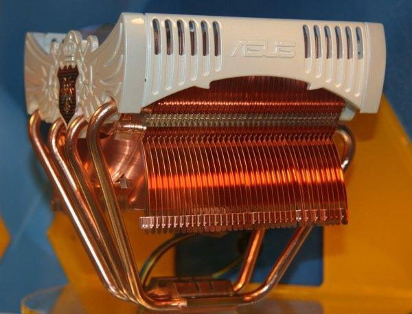 Computex 2008: Asus'dan yeni işlemci soğutucusu Royal Knight