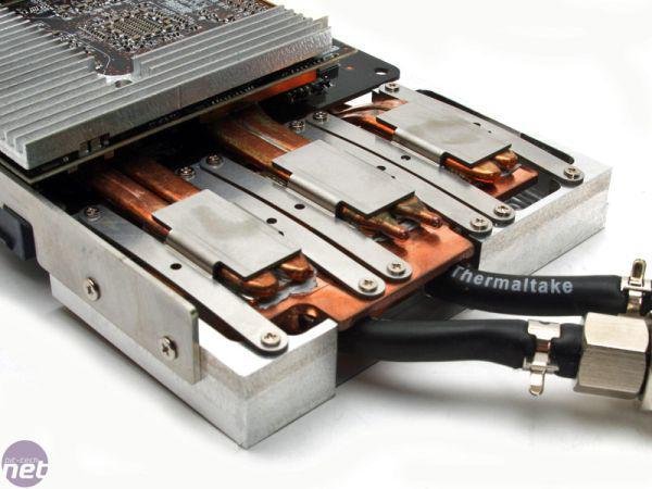 Asus'dan yeni konsept; Üç grafik işlemcili HD 3850 Trinity