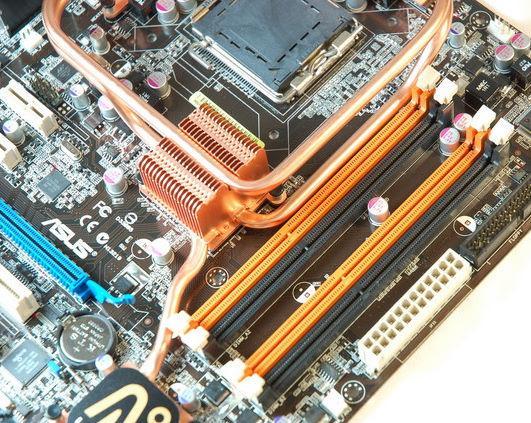 Asus'un Bearlake yonga setli ve DDR-3 destekli  yeni anakartları: P5K3 Deluxe ve P5K Deluxe