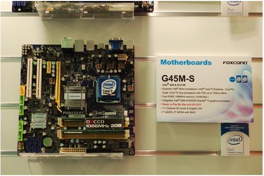 Cebit 2008: Foxconn G43 ve G45 yonga setli anakartlarını sergiledi