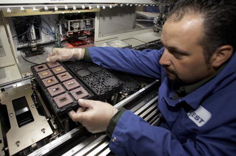 IBM 8 çekirdekli Power7 işlemcisini 2010 için hazırlıyor