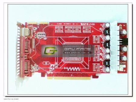 Casus fotoğraflar; Palit özel tasarımlı HD 4850 modeli üzerinde çalışıyor
