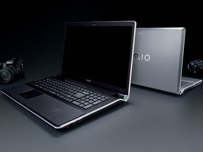 Sony'den iki yeni dizüstü bilgisayar: VAIO AW ve VAIO CS