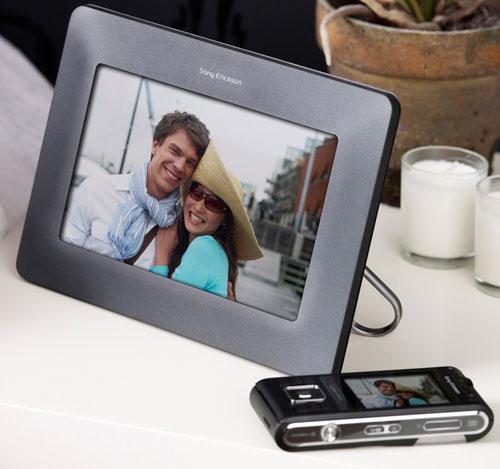 Sony Ericsson dijital fotoğraf çerçevesi hazırladı