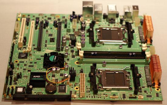 AMD'den FASN8 platformu - 2xPhenom FX ve 2xR600 birarada
