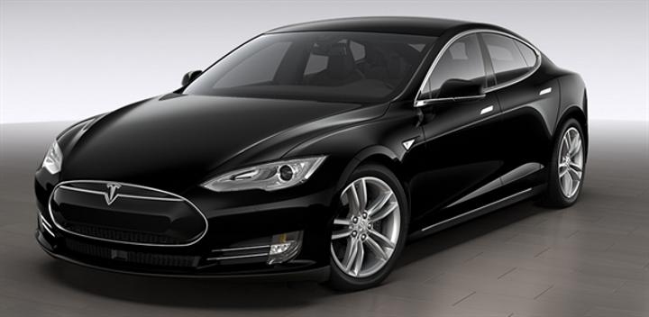 Tesla yeni ekonomik aracı S 70D'yi duyurdu