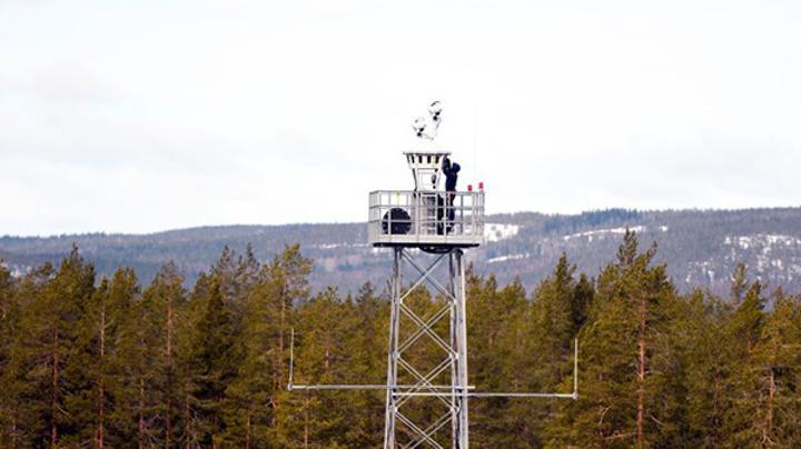 Dünyanın pistten uzakta yer alan ilk hava trafik kontrol kulesi İsveç'te kullanılmaya başlandı