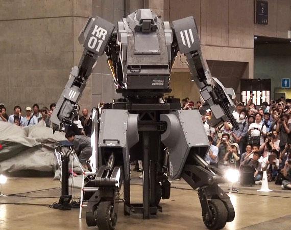 Dev robotlar ringe çıkıyor