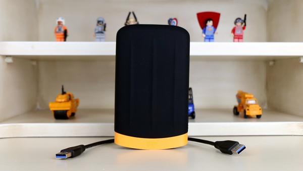 Suya, toza ve darbeye dayanıklı taşınabilir disk testte 'Silicon Power Armor A65 inceleme videosu'