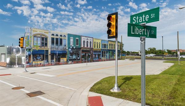 Michigan Üniversitesi sürücüsüz araçlar için kasaba inşa etti