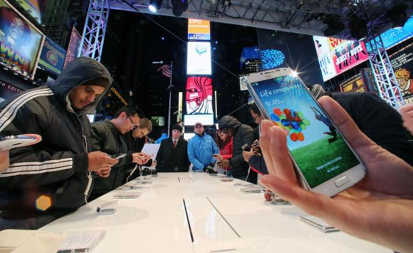 Analiz : Huawei akıllı telefon pazarında ikinci çeyrekte patlama yaptı