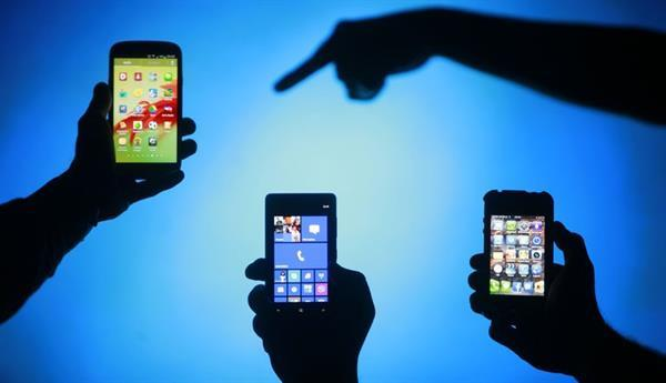 Akıllı telefonların yurt dışı kayıt ücretinin 600 TL'ye çıkarılması talep edildi