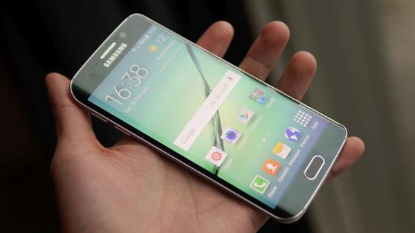 Galaxy S6 Edge Plus'ın özellikleri bir internet mağazasında listelendi