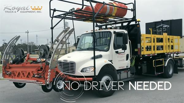 Sürücüsüz tır otoyol yapımına yardımcı olacak