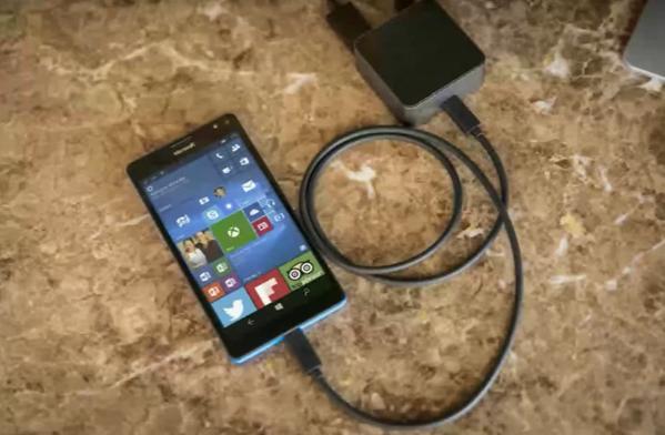 Pureview kameraya sahip Lumia 950 ve 950 XL'in görüntüleri ortaya çıktı