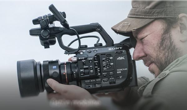 Sony'den video profesyonellerine özel kamera: FS5
