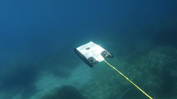 Herkesin kullanıma yönelik su altı drone'u OpenROV Trident, Kickstarter'da büyük bir başarı elde etti