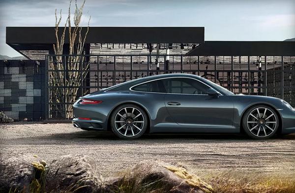 Porsche, Google çok fazla veri istediği için Apple CarPlay tercih ediyor