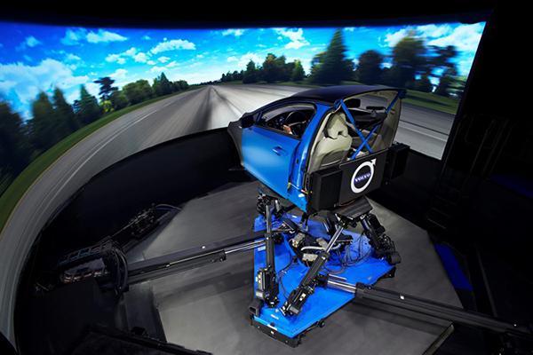 Volvo, yeni nesil otomobillerini geliştirmek için dünyanın en gelişmiş simülatörünü kullanmaya başladı