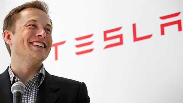 Elon Musk: Tesla'nın çıkardığı kişileri Apple alıyor