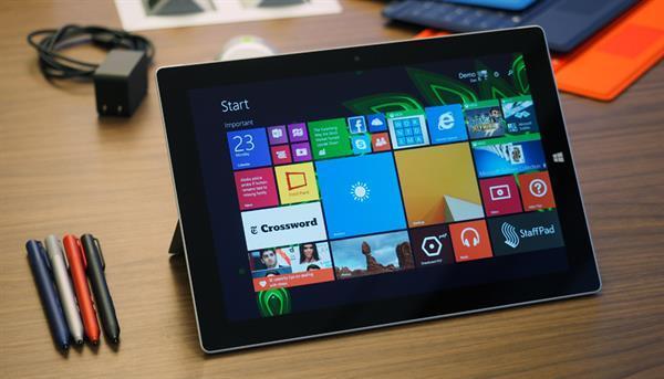 Microsoft yöneticisi piyasaya sürülmeyen Surface Mini tabletini itiraf etti