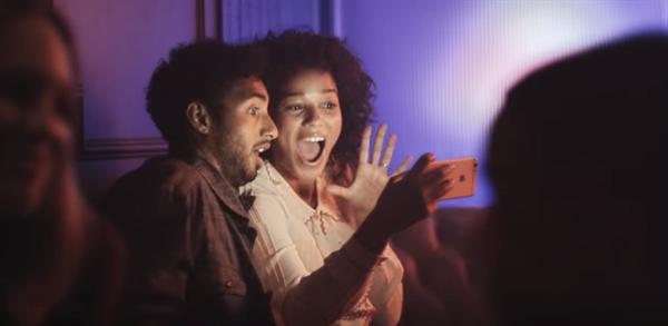 Apple, iPhone 6S serisi için hazırladığı yeni reklamları yayınladı
