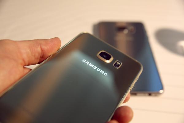 Samsung mobil bölümü satışları artırdı bu sefer de karı düşürdü