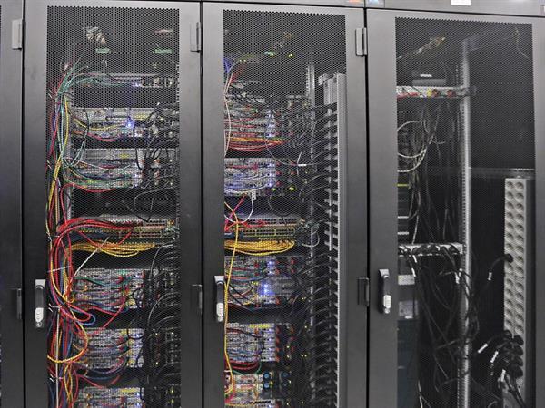 Hükümetlerin sıkı internet politikası faturaları kabartacak
