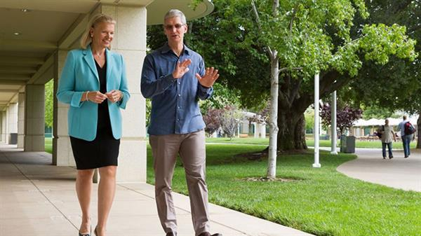 Tim Cook: iPad - Mac hibriti gelmeyecek