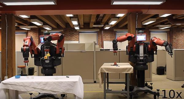 Robotlar birbirini eğitebilecek