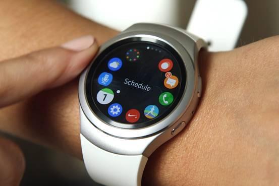 Samsung Gear S2 güncellemesi yeni özellikler getiriyor